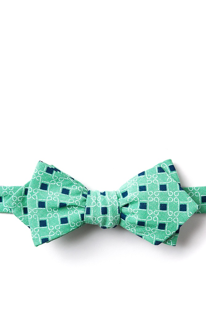 1950s Men's Clothing Jamaica Diamond Tip Bow Tie by Ties.com -  Green Cotton $12.50 AT vintagedancer.com
