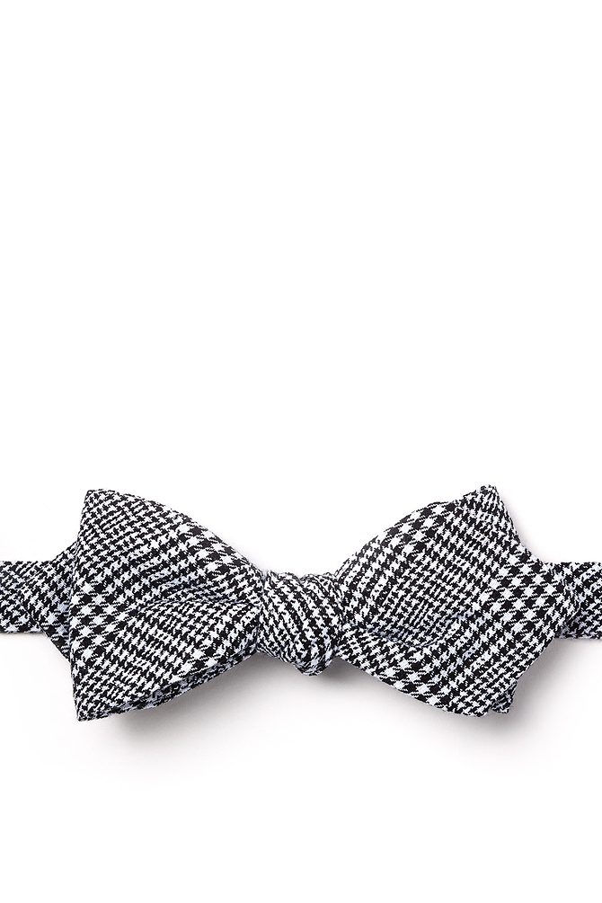 1950s Men's Clothing Cottonwood Diamond Tip Bow Tie by Ties.com -  Black Cotton $25.00 AT vintagedancer.com