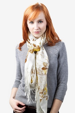 Rose Bush Beige Scarf