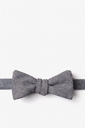 _Hitchcock Black Skinny Bow Tie_