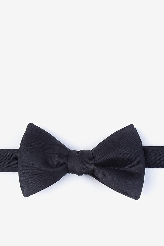 Black Self-Tie Bow Tie Photo (0)