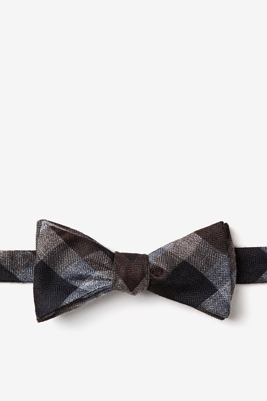 Richland Brown Skinny Bow Tie Photo (0)