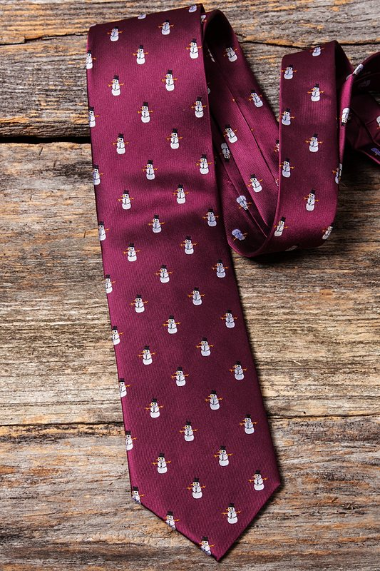 Snowman Print Burgundy Tie Photo (3)