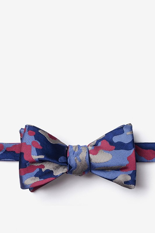 Woodland Camo Fuchsia Self-Tie Bow Tie Photo (0)