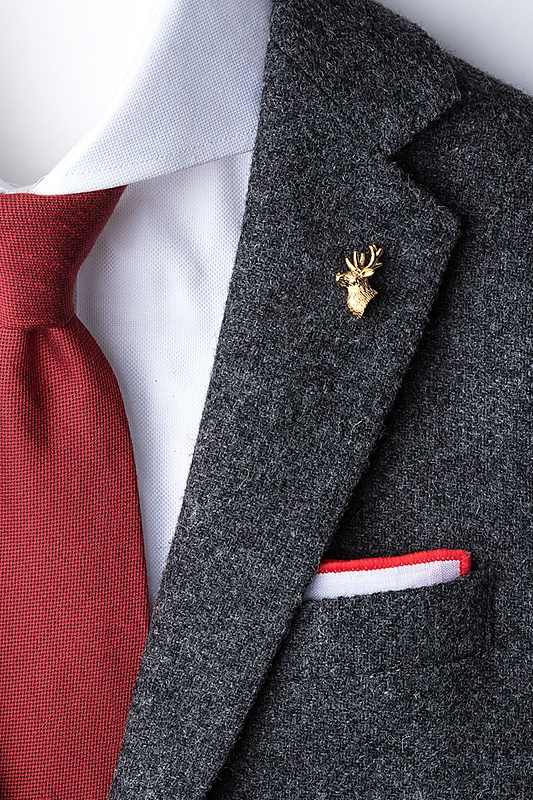 Elk Deer Head Lapel Pin