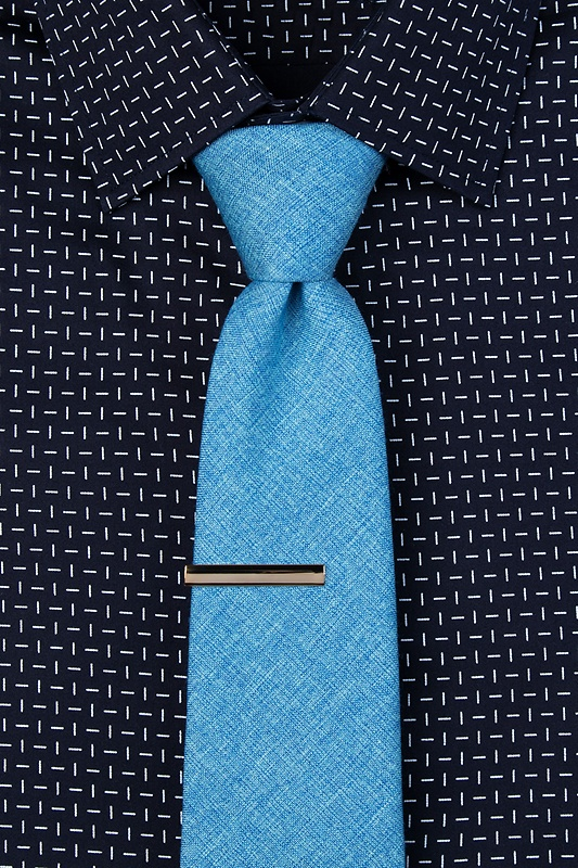 Frosted Curve Tie Bar Photo (2)