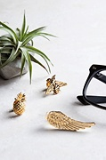 Pineapple Lapel Pin Photo (1)