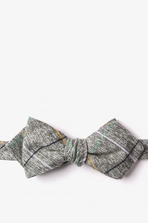 Globe Green Diamond Tip Bow Tie