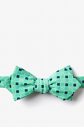 Jamaica Green Diamond Tip Bow Tie