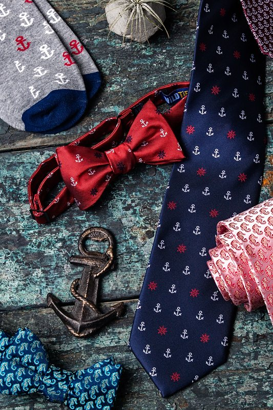 Seahorses Self-Tie Bow Tie Photo (2)
