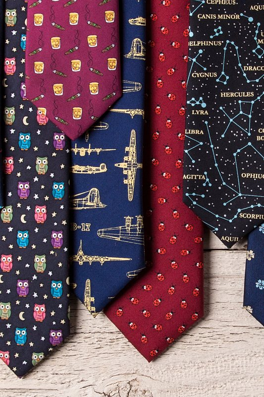 Flying Fortress Skinny Tie Photo (2)