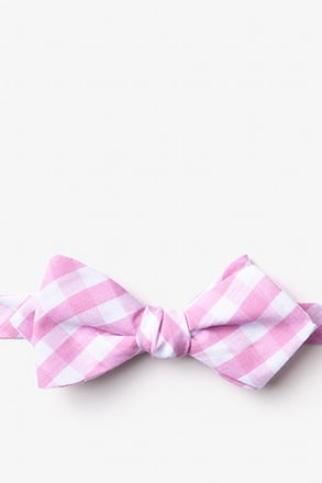 Pasco Pink Diamond Tip Bow Tie