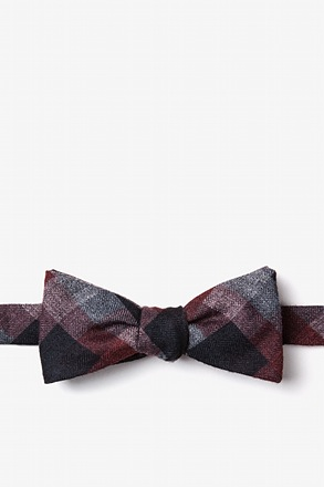 _Richland Red Skinny Bow Tie_