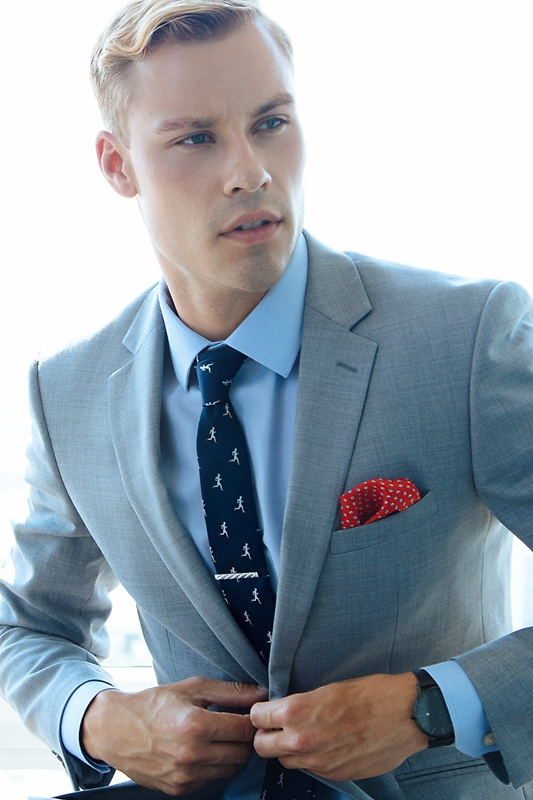Miguel Red Pocket Square Photo (2)