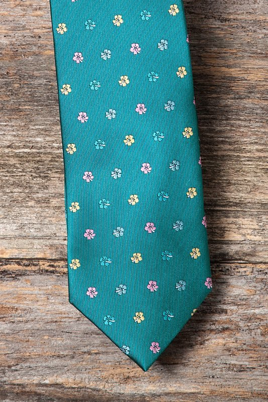 Awesome Blossoms Extra Long Tie Photo (3)