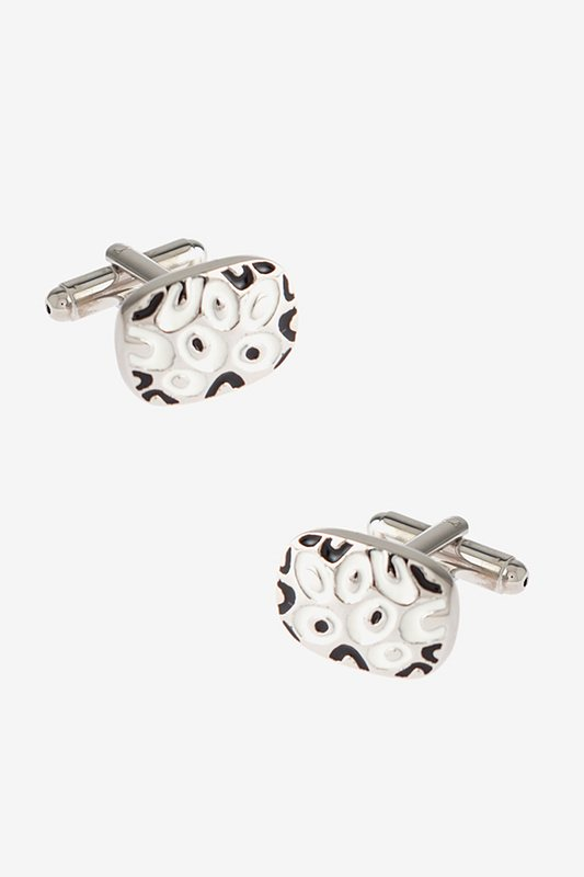 Decorated Solid Oval White Cufflinks Photo (0)