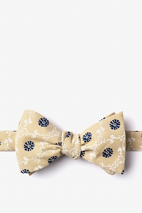 _La Grande Yellow Self-Tie Bow Tie_
