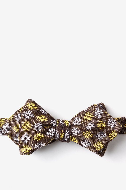 Roseburg Yellow Diamond Tip Bow Tie Photo (0)