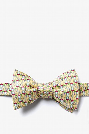 Would ya hit a guy with glasses!? Self-Tie Bow Tie